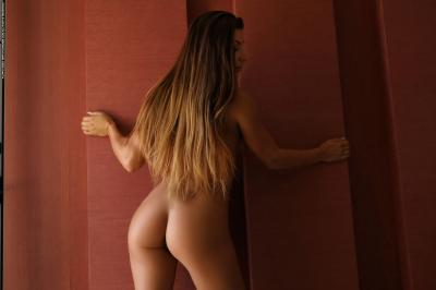Allison - The Room