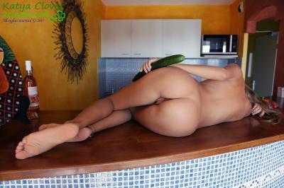 Katya Clover - My Lovely Cucumber  66ren9tpb6.jpg