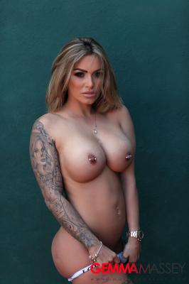 Gemma Massey - Strips Naked on the Tennis Court