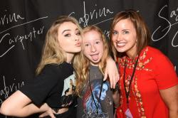 Sabrina carpenter the de tour meet greet at the belk theater at sabrina carpenter the de tour meet greet at the belk theater at north carolina blumenthal performing arts center in charlotte nc 08252017 m4hsunfo